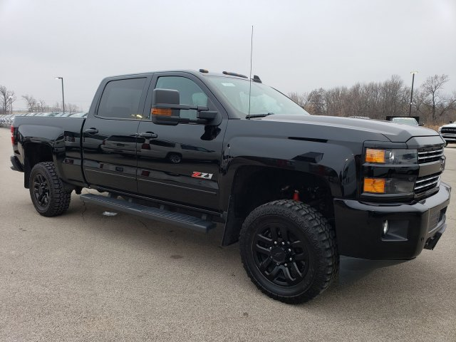 2016 Silverado 2500 Crew Cab 4x4, Pickup #10366 - photo 3