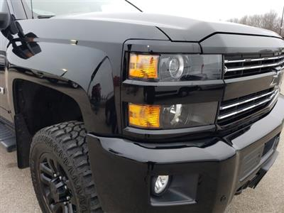 2016 Silverado 2500 Crew Cab 4x4, Pickup #10366 - photo 37