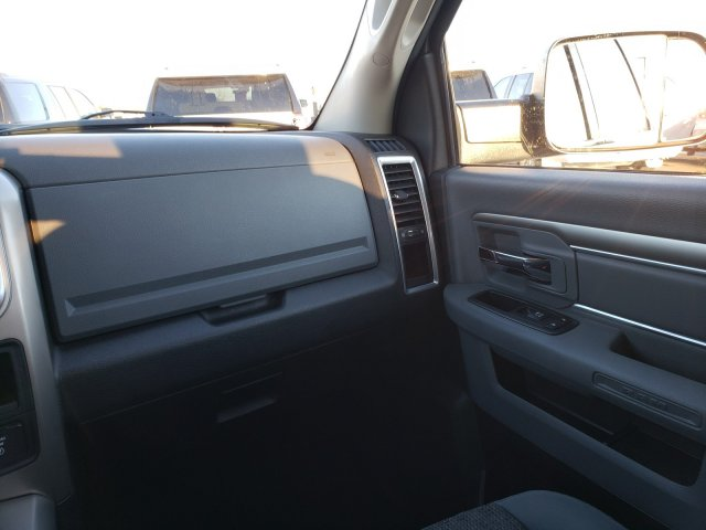 2013 Ram 2500 Crew Cab 4x4, Pickup #10450 - photo 17