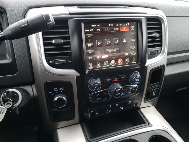 2017 Ram 2500 Crew Cab 4x4, Pickup #10467 - photo 11
