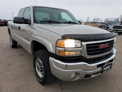2004 Sierra 2500 Extended Cab 4x4, Pickup #10487A - photo 2