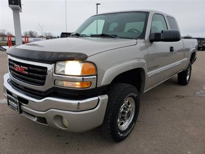 2004 Sierra 2500 Extended Cab 4x4, Pickup #10487A - photo 3