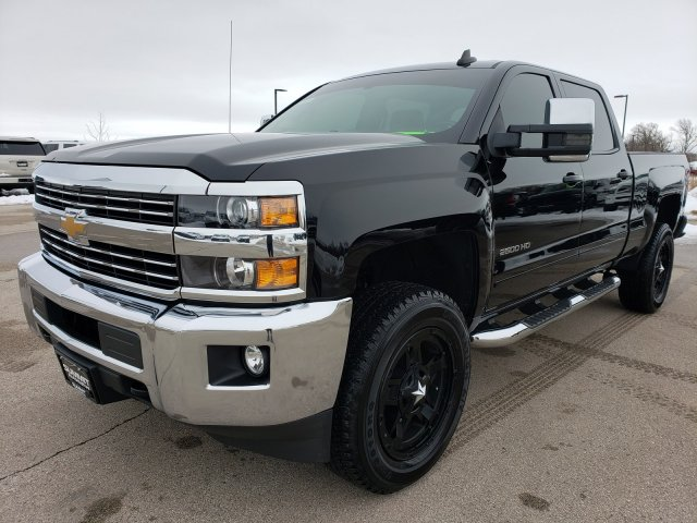 2018 Silverado 2500 Crew Cab 4x4, Pickup #10497 - photo 3