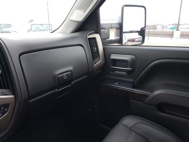2016 Sierra 3500 Crew Cab 4x4, Pickup #10514 - photo 16