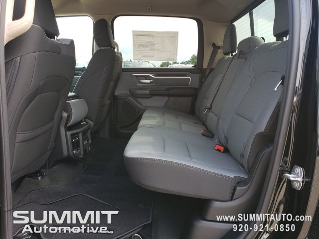 2020 Ram 1500 Crew Cab 4x4, Pickup #20T1 - photo 6