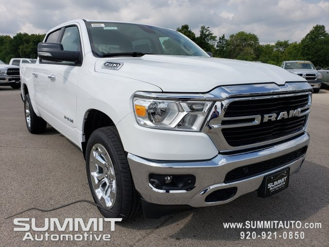 2020 Ram 1500 Crew Cab 4x4, Pickup #20T4 - photo 3