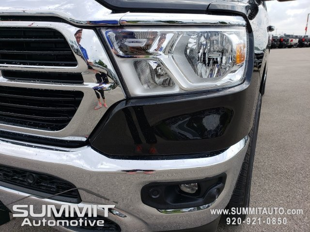 2020 Ram 1500 Crew Cab 4x4, Pickup #20T6 - photo 31
