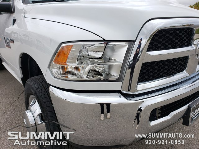 2018 Ram 3500 Regular Cab DRW 4x4,  Cab Chassis #8T413 - photo 34