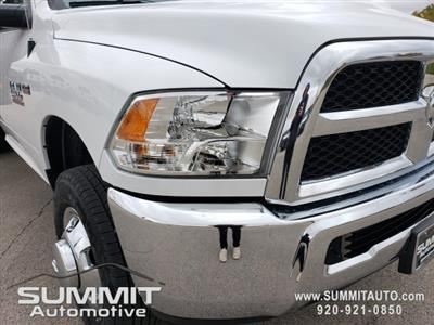 2018 Ram 3500 Regular Cab DRW 4x4,  Knapheide Value-Master X Platform Body #8T413 - photo 34