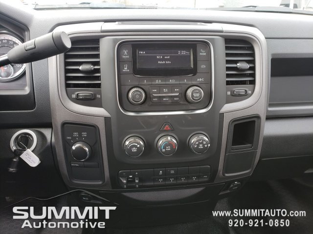 2018 Ram 3500 Regular Cab DRW 4x4,  Cab Chassis #8T415 - photo 10