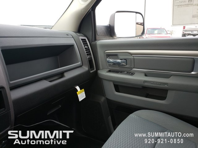 2018 Ram 3500 Regular Cab DRW 4x4,  Cab Chassis #8T415 - photo 14