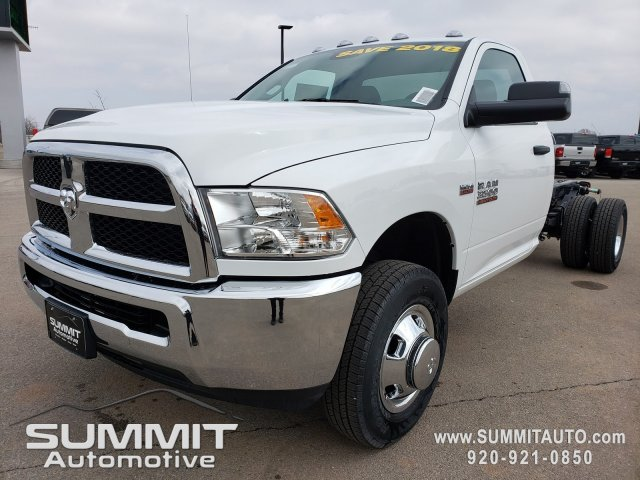2018 Ram 3500 Regular Cab DRW 4x4,  Cab Chassis #8T415 - photo 4