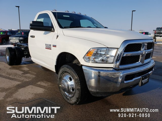 2018 Ram 3500 Regular Cab DRW 4x4,  Cab Chassis #8T416 - photo 23