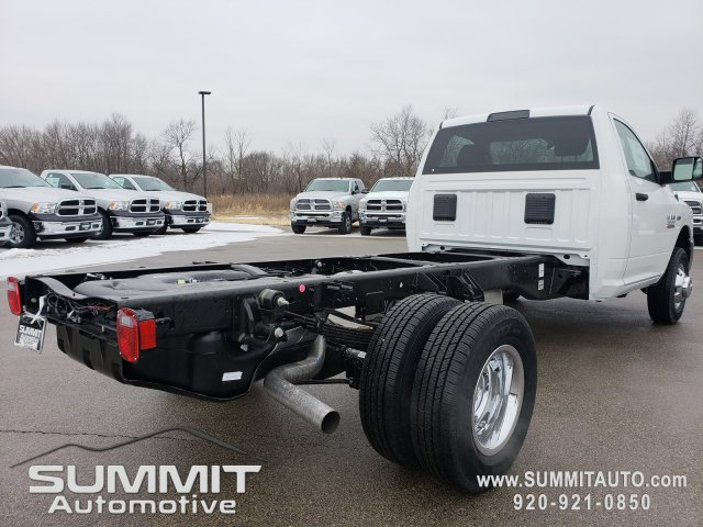 2018 Ram 3500 Regular Cab DRW 4x4,  Cab Chassis #8T417 - photo 22