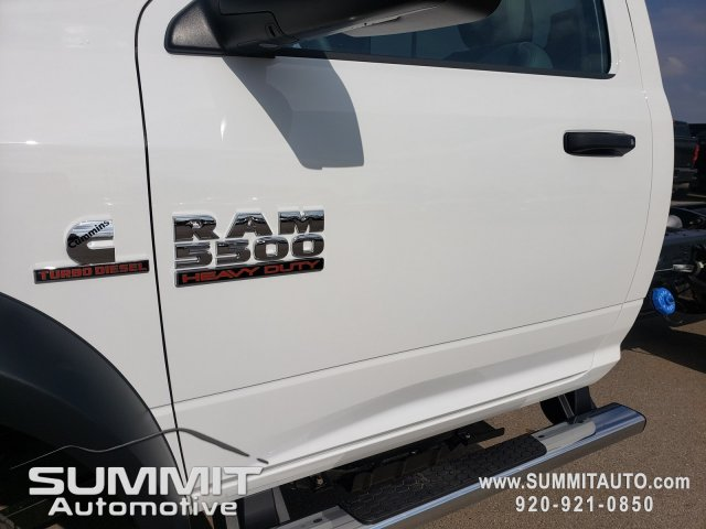2018 Ram 5500 Regular Cab DRW 4x4,  Cab Chassis #8T423 - photo 30