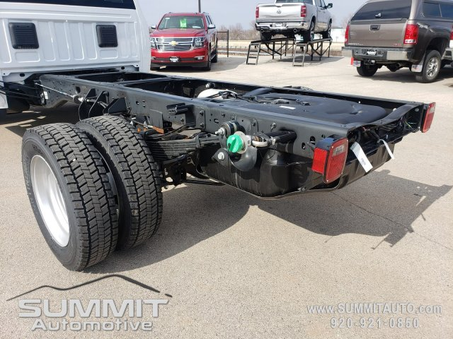 2018 Ram 5500 Regular Cab DRW 4x4,  Cab Chassis #8T423 - photo 31