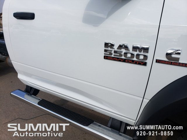 2018 Ram 5500 Regular Cab DRW 4x4,  Cab Chassis #8T423 - photo 33