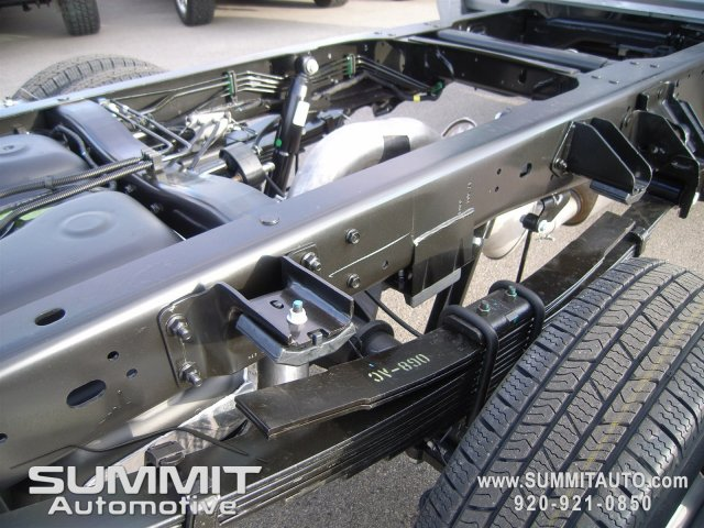 2018 Ram 3500 Regular Cab DRW 4x4,  Cab Chassis #8T82 - photo 6