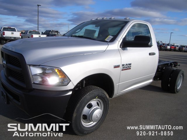 2018 Ram 3500 Regular Cab DRW 4x4,  Cab Chassis #8T82 - photo 1