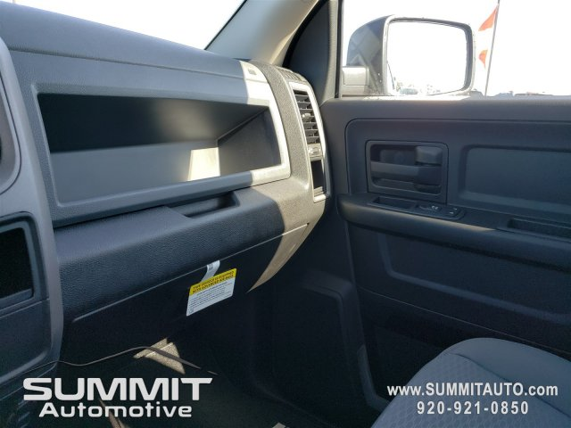 2019 Ram 1500 Crew Cab 4x4, Pickup #9T130 - photo 11