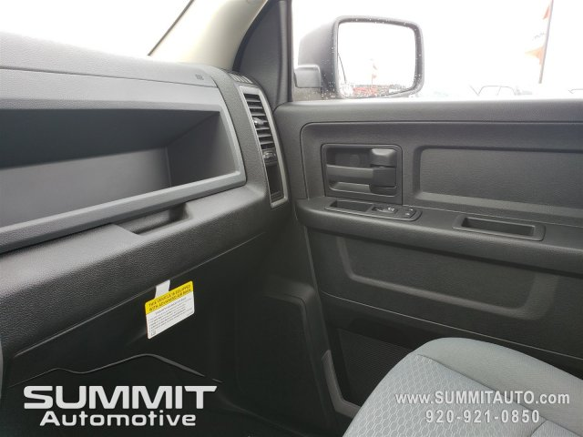 2019 Ram 1500 Crew Cab 4x4,  Pickup #9T146 - photo 10