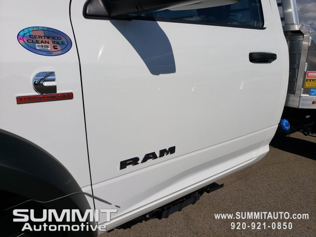 2019 Ram 5500 Regular Cab DRW 4x4,  Monroe Tow 'N Haul Gooseneck Platform Body #9T246 - photo 32