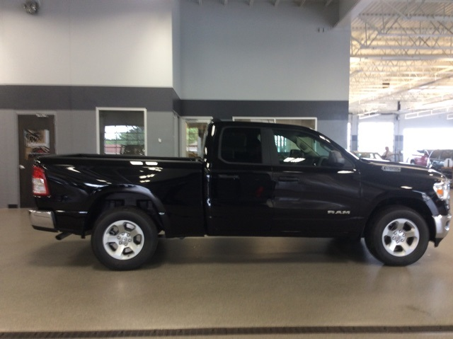 2019 Ram 1500 Quad Cab 4x4,  Pickup #R19036 - photo 8