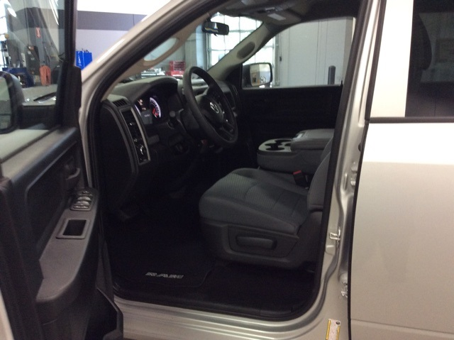 2019 Ram 1500 Crew Cab 4x4,  Pickup #R19112 - photo 12