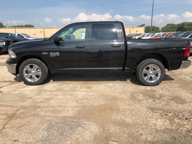 2019 Ram 1500 Crew Cab 4x4,  Pickup #R19117 - photo 5