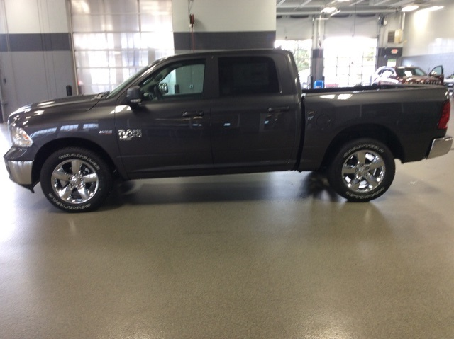 2019 Ram 1500 Crew Cab 4x4,  Pickup #R19140 - photo 5