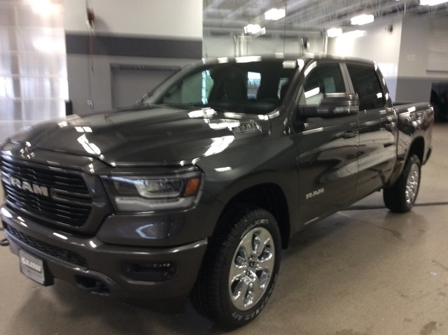 2019 Ram 1500 Crew Cab 4x4,  Pickup #R19154 - photo 4