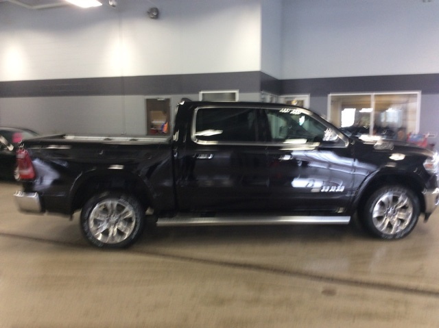 2019 Ram 1500 Crew Cab 4x4,  Pickup #R19202 - photo 8
