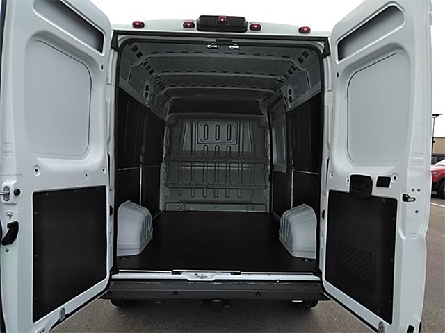 2018 ProMaster 2500 High Roof FWD,  Empty Cargo Van #R8146 - photo 2
