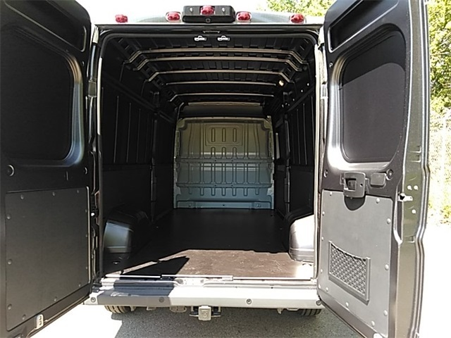 2018 ProMaster 2500 High Roof FWD,  Empty Cargo Van #R8156 - photo 2