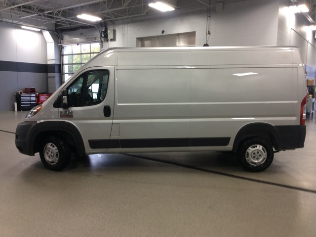 2018 ProMaster 2500 High Roof FWD,  Empty Cargo Van #R8259 - photo 5