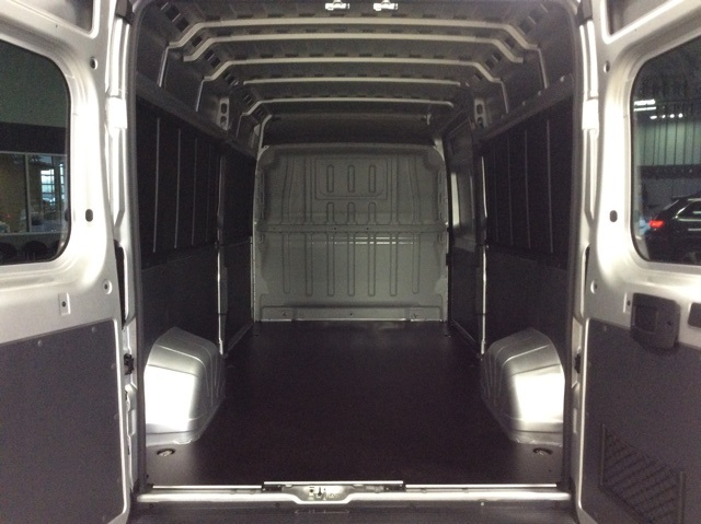 2018 ProMaster 2500 High Roof FWD,  Empty Cargo Van #R8259 - photo 2