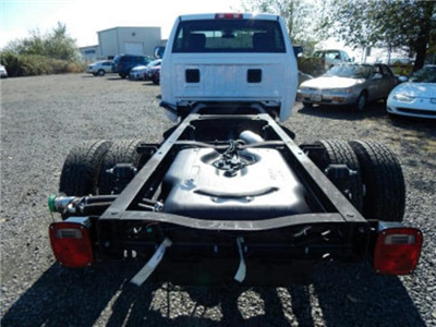 2017 Ram 3500 Regular Cab DRW 4x4,  Cab Chassis #R1289 - photo 4