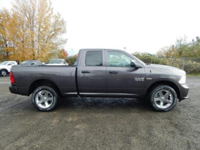 2018 Ram 1500 Quad Cab 4x4,  Pickup #R1315 - photo 6