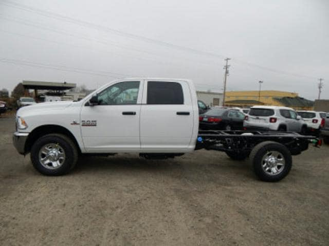 2018 Ram 3500 Crew Cab 4x4, Cab Chassis #R1334 - photo 1