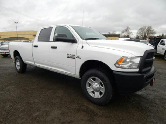 2018 Ram 3500 Crew Cab 4x4, Pickup #R1358 - photo 7