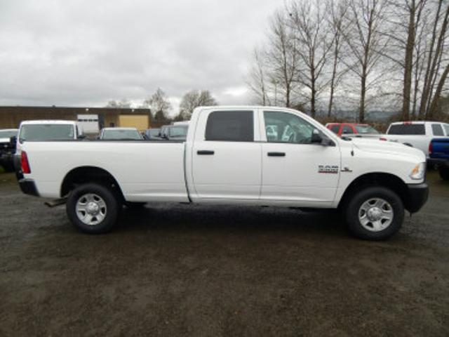 2018 Ram 3500 Crew Cab 4x4, Pickup #R1358 - photo 6