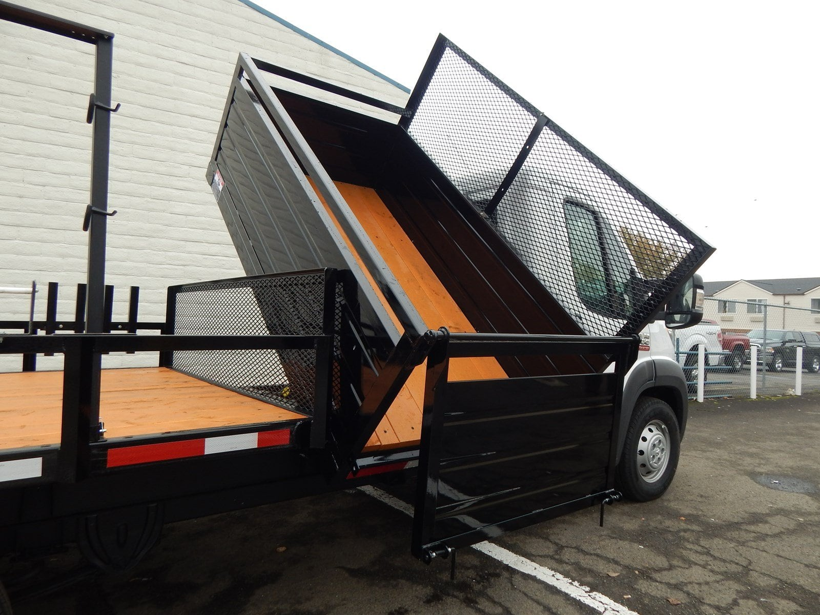 2018 ProMaster 3500 Standard Roof FWD,  RCT Custom Trailers and Welding Inc. Dovetail Landscape #R1365 - photo 22