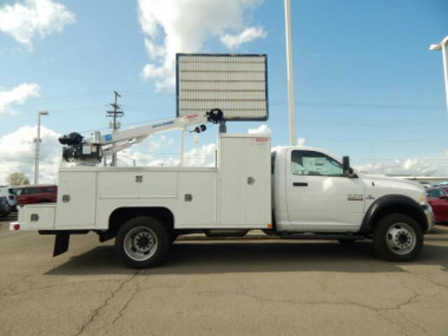 2018 Ram 5500 Regular Cab DRW 4x4,  Scelzi Mechanics Body #R1408 - photo 3