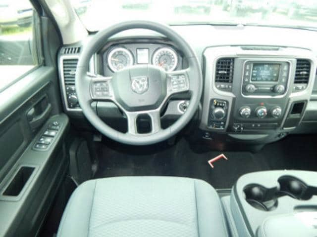 2018 Ram 1500 Crew Cab 4x4,  Pickup #R1422 - photo 12