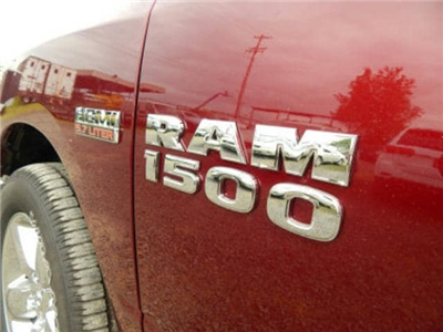 2018 Ram 1500 Crew Cab 4x4,  Pickup #R1461 - photo 12