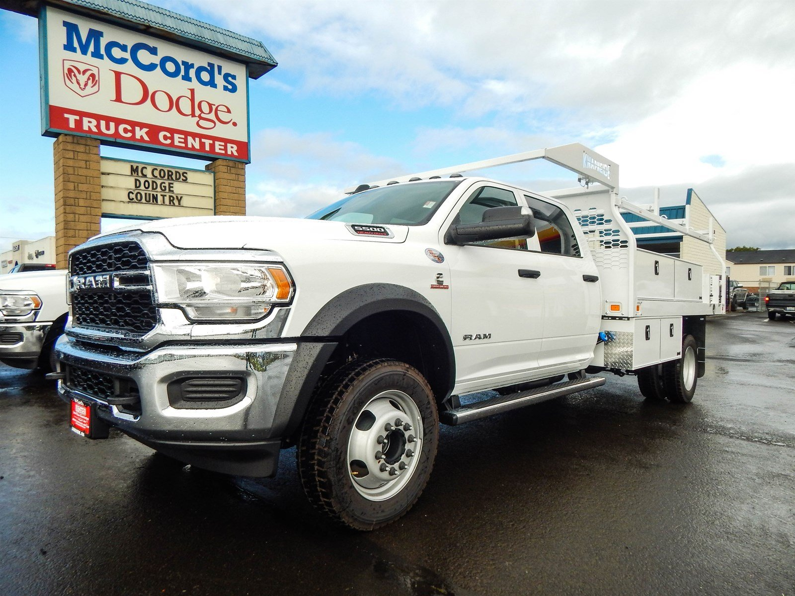 2019 Ram 5500 Crew Cab DRW 4x4, Knapheide Contractor Body #R1869 - photo 1