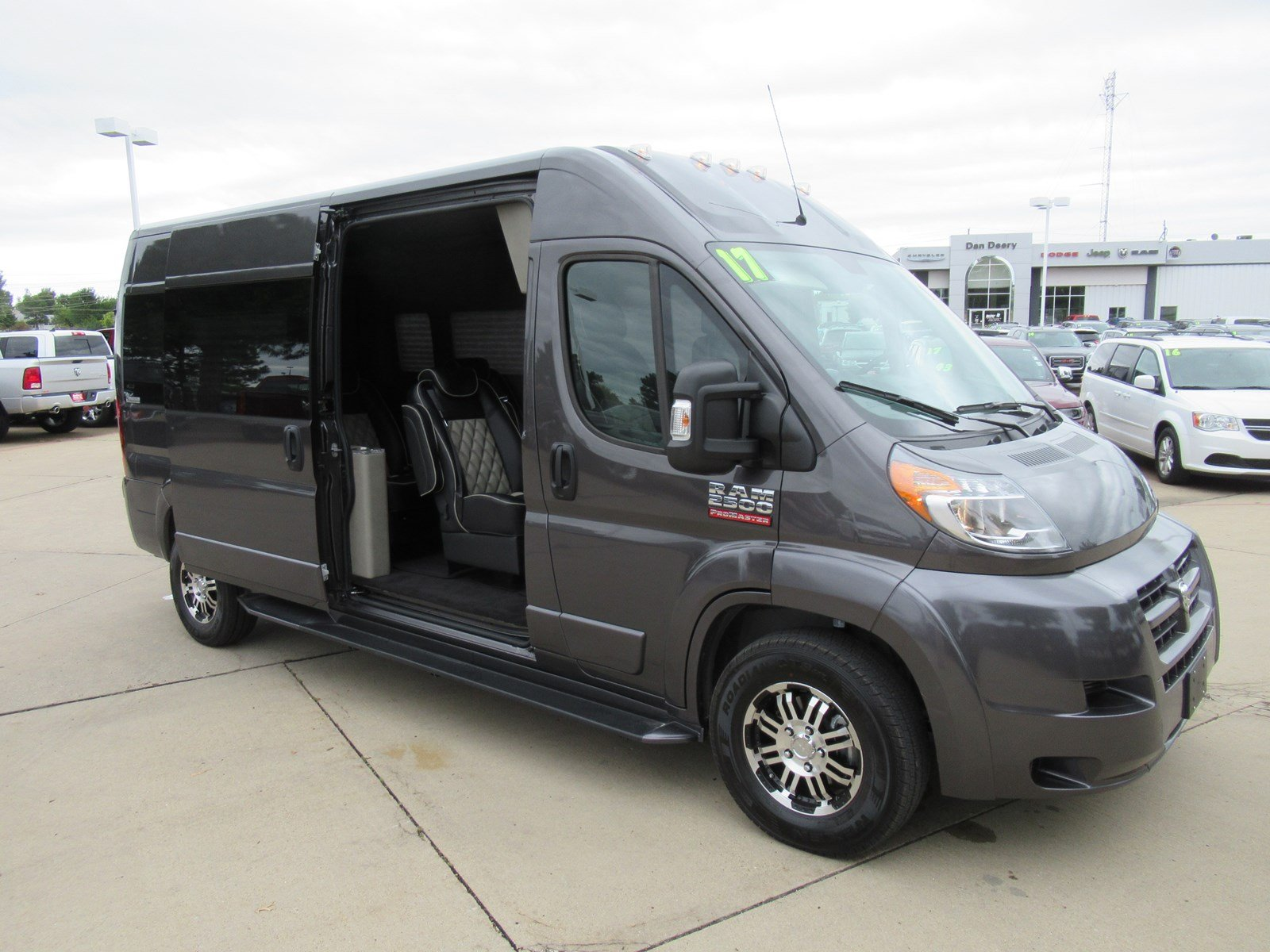 2017 ProMaster 2500 High Roof Passenger Wagon #DT20658 - photo 4