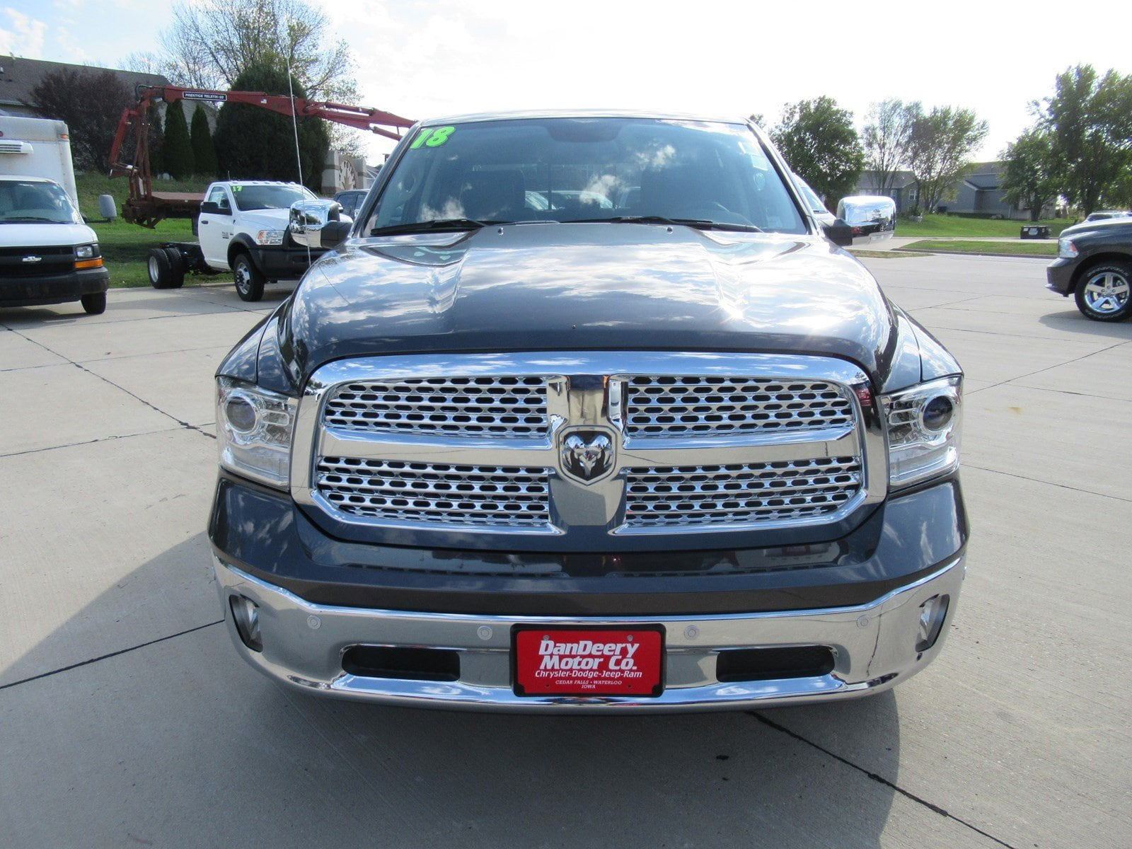 2018 Ram 1500 Crew Cab 4x4 Pickup #DT20935 - photo 3