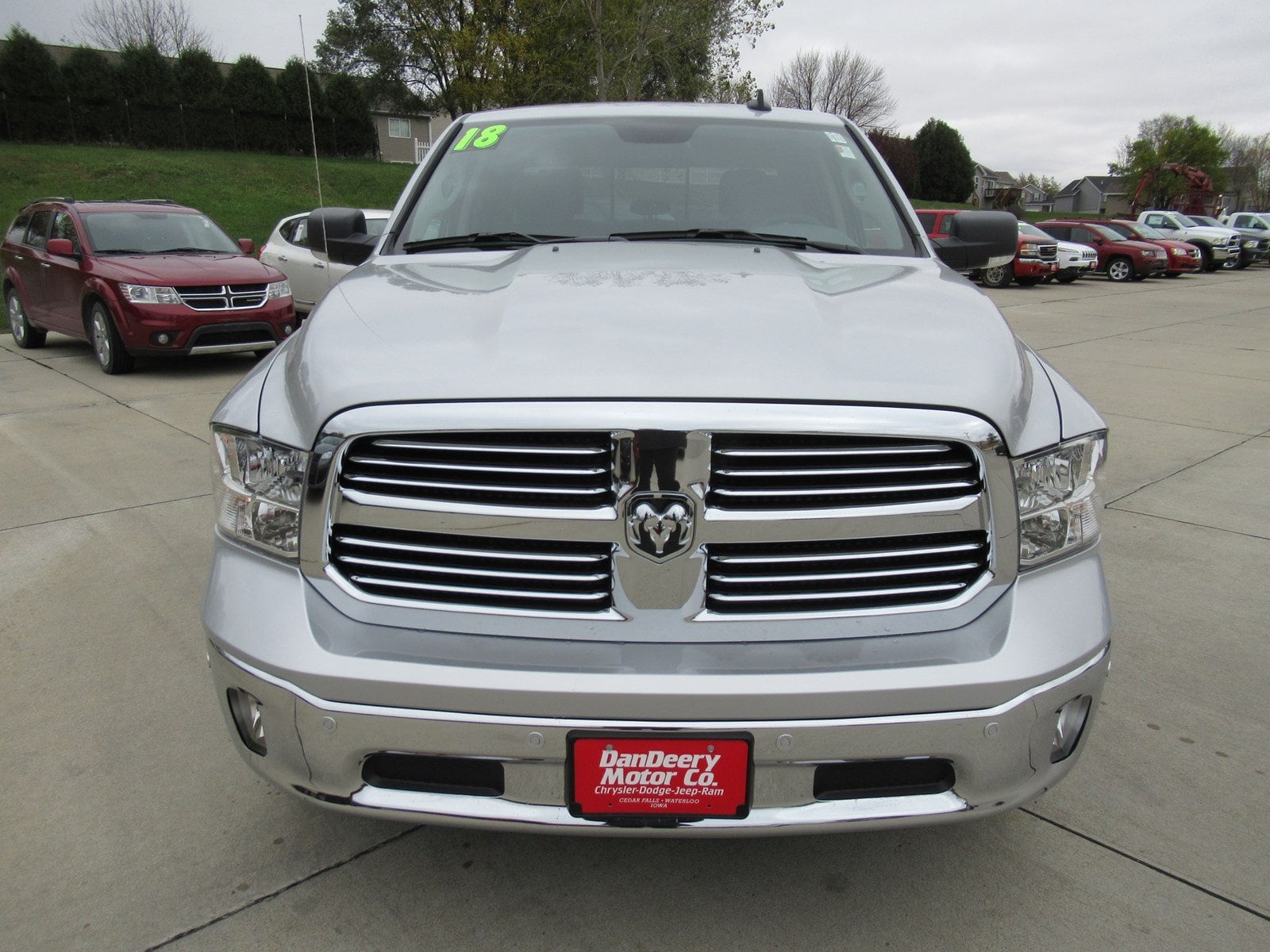 2018 Ram 1500 Crew Cab 4x4, Pickup #DT20973 - photo 3