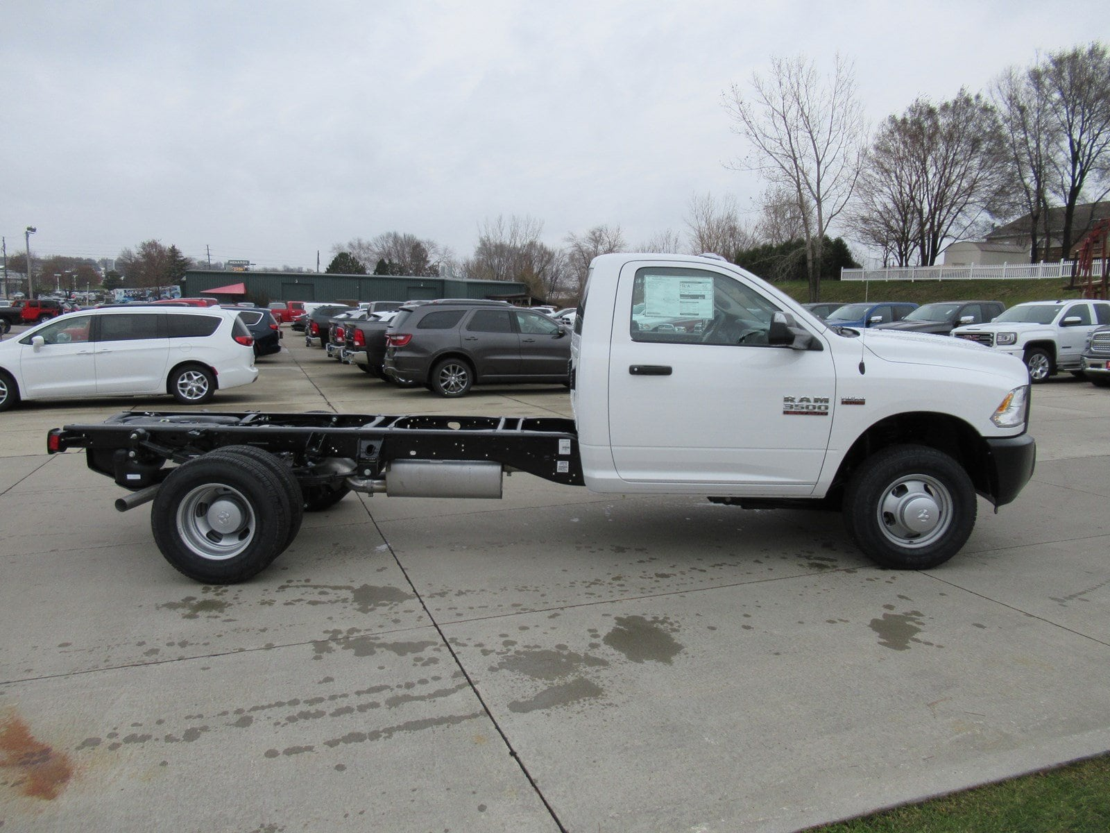 2018 Ram 3500 Regular Cab DRW 4x2,  Cab Chassis #DT21001 - photo 7